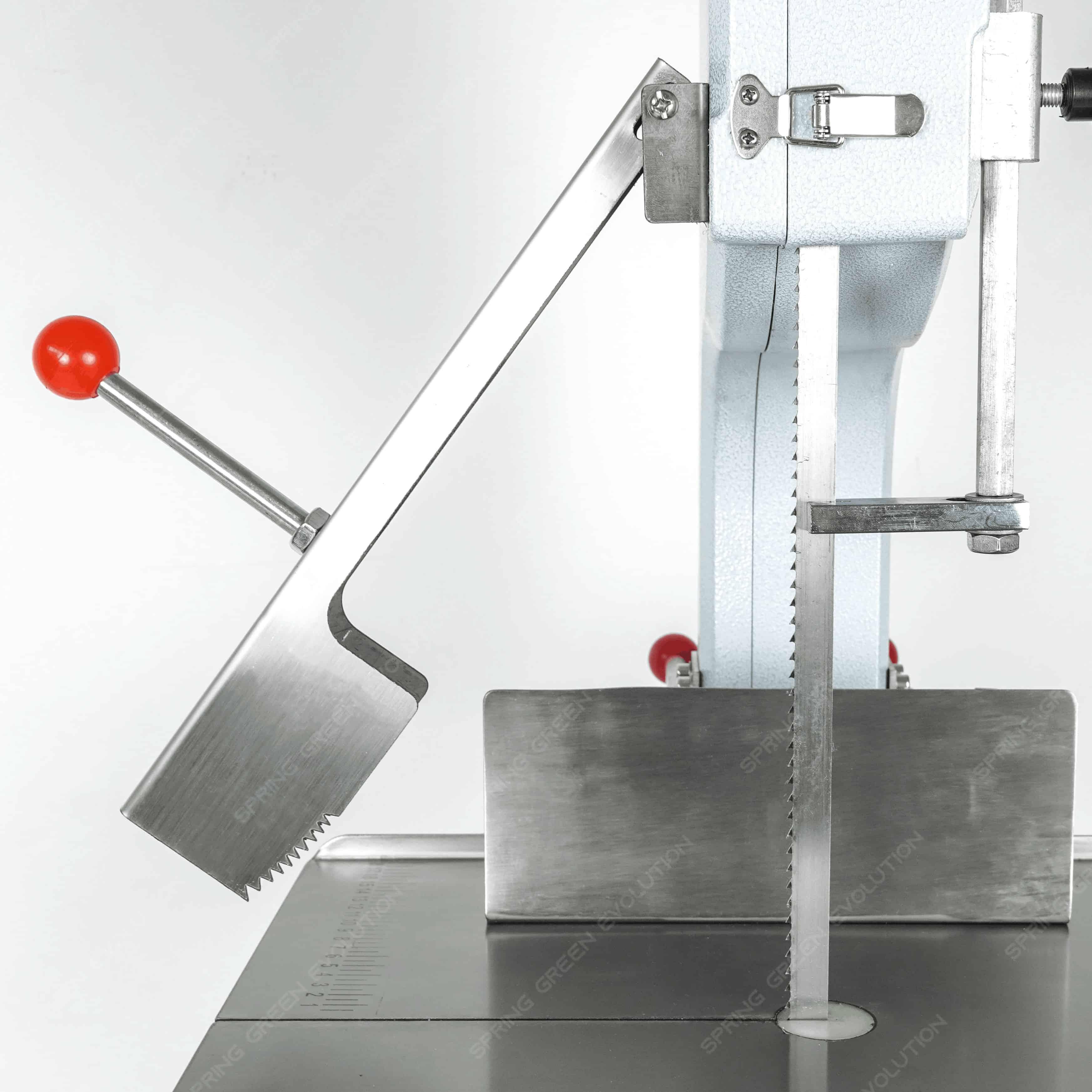เครื่องตัดกระดูกหมู-BC130-190-ลักษณะ4