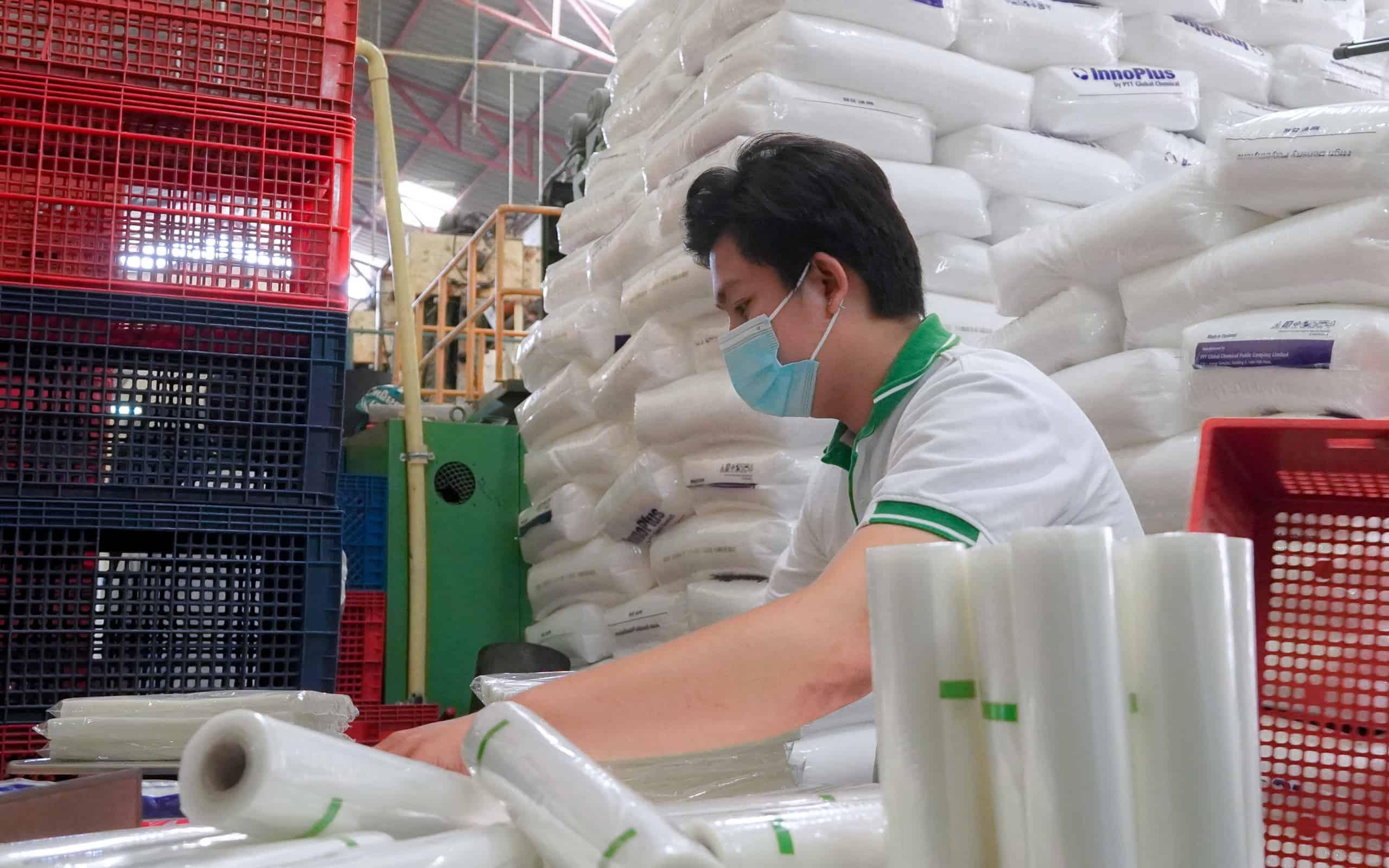 เปิดโรงงานผลิตถุง-6-scaled